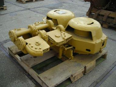 Bulldozer - Caterpillar D8H scraper winch
