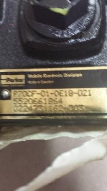 Terex-Schaeff Original Terex - Schaeff 5520661864 STEUERVENTIL / P70CF-010-DE18-021 / 0224731162-003