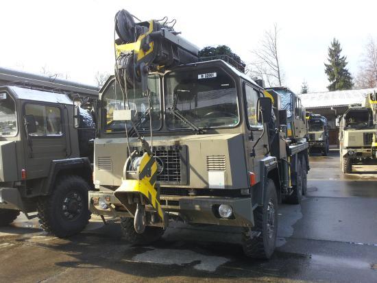 Gottwald Saurer 10DM 6x6,AMK 30 MT