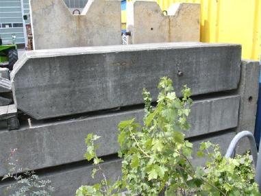 Varusteet - Liebherr Betonballast für EC, EC-H, HC