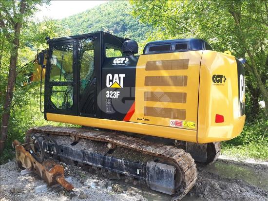 Caterpillar 323F