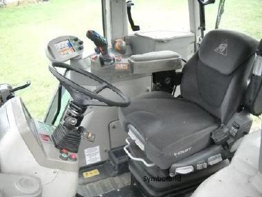 Tractor - Fendt 820 Vario