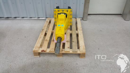 Schaeff ITC 112M4 SCHAEFF ITC 112 Hydraulikhammer