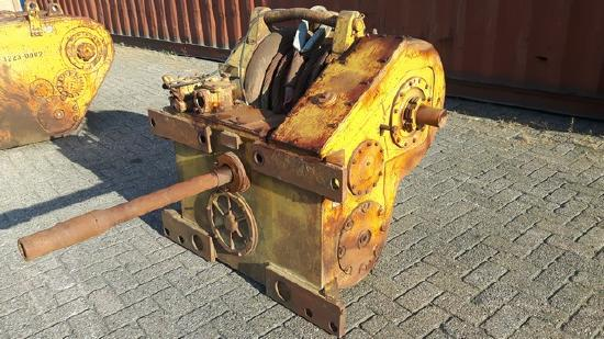 Caterpillar 58 winch to fit D8K