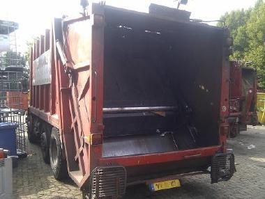 Ostatní - Scania P 93 M 6X2