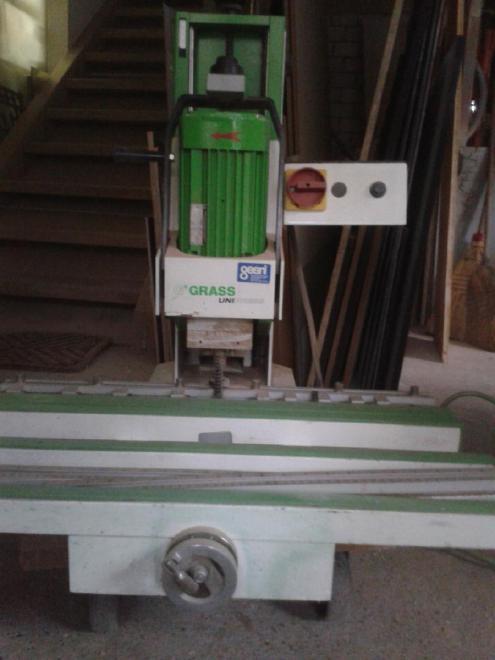 Beschlagbohrmaschine Unipress Grass