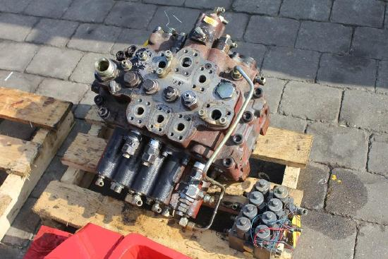 JCB 210 LC