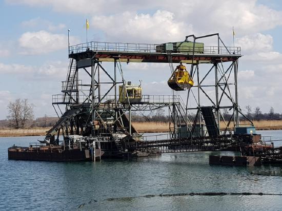 Mohr & Federhaff Clamshell dredger 4,2 m3