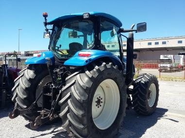 Traktör - New Holland TS130A