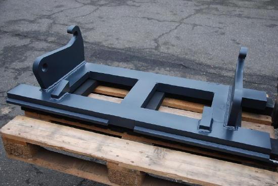 Gabelträger, 1.200 mm breit, mit Volvo SW-Aufnahme