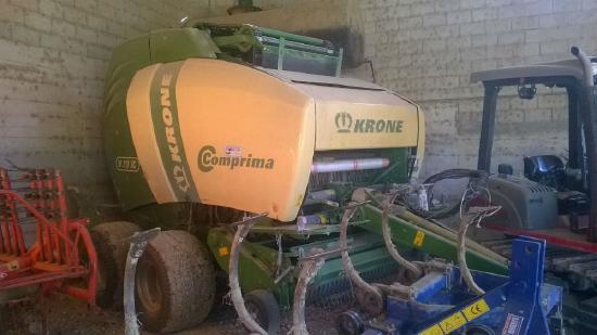 Krone COMPRIMA V210 XC