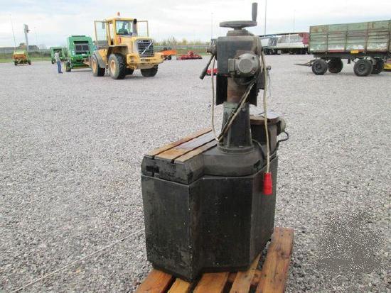 RVA 300 S  cylinder head grinder