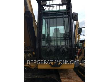 Tracked excavator - Caterpillar 323DS