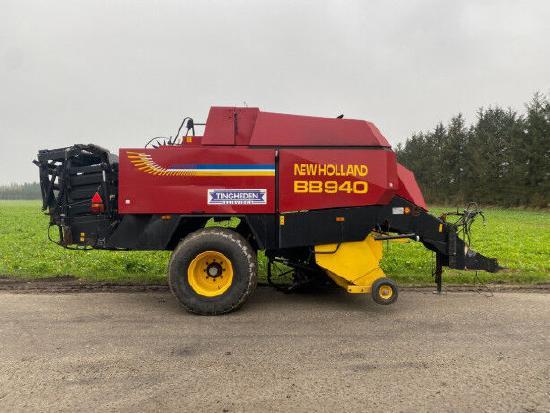 New Holland BB940R
