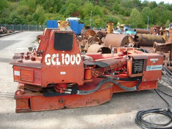 Casagrande GCL-1000-Z casing oscillator / Verrohrungsmaschine