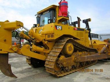 Bulldozer - Caterpillar CAT D8R