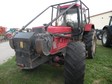 Tractor - Case-IH 1455