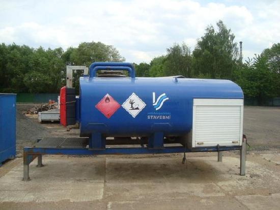 Tank mit Kraftstoff