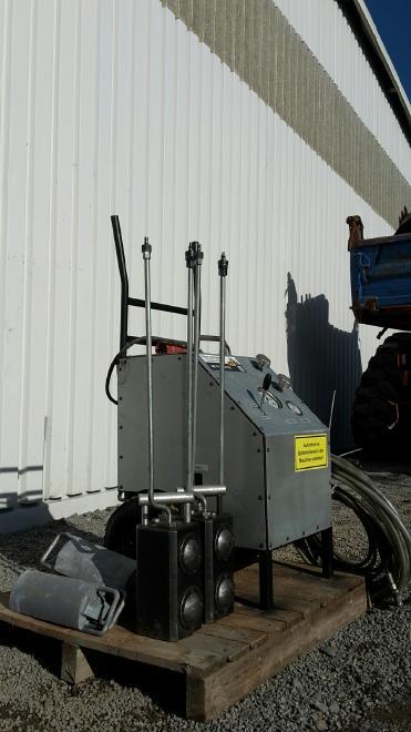 Hydro Tec HP 1000 Betonpress System Beton Sprengen Hydro - Tec Betonpress-System ( Beton spreng System ) Typ: HP 1000 ( Antriebsaggregat / Hydraulikpump bis max. 2000 bar Druck )  Spaltzylinder Typ: SZ 250 ( 2x )  inkl. Hochdruckschläuche und Druckplatten  bis max. 1000 Tonnen Presskraft ( Sprengkraft )