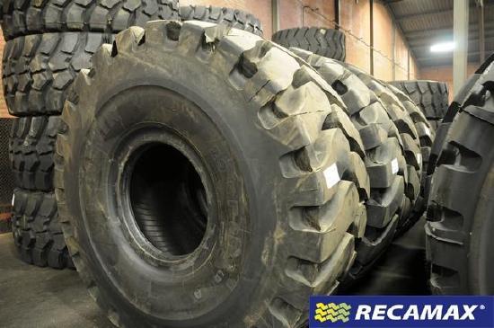 Neureifen Michelin 29.5 R25 XLDD2 Demontagen