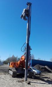 Piling rig - O&K 625