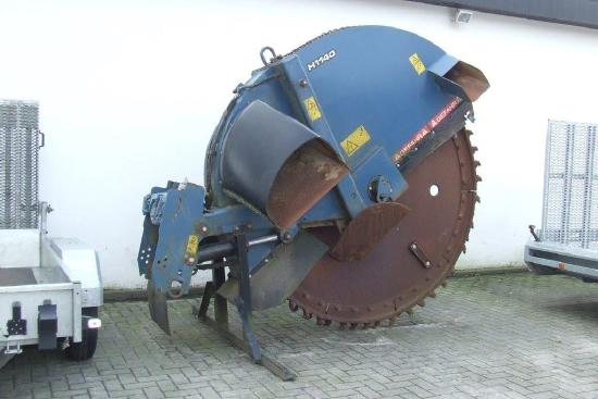 Ditch-Witch Erdsäge H1140