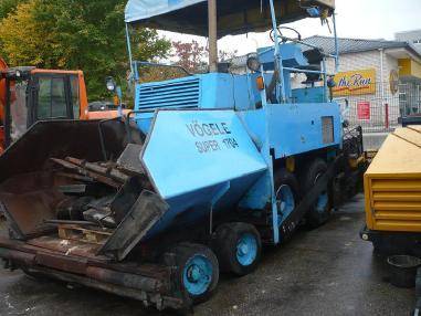 Pavimentadora de asfalto de ruedas - Otro 1704