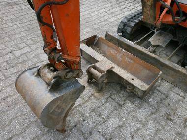 Mini ekskavatör - Schaeff HR12