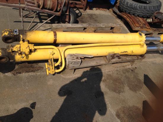 Komatsu PC210-7 PC 210 -8 Lifting Cylinder