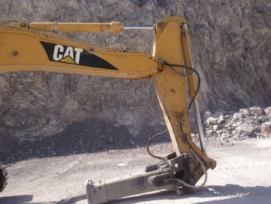 Tracked excavator - Caterpillar 330 LN ME