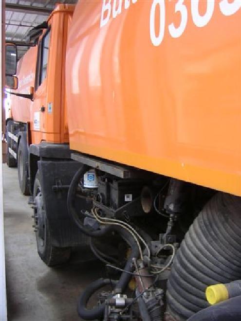 Kehrsaugwagen Bucher Schörling MB DA 88