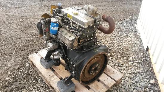 4 Zylinder Perkins Diesel Motor Typ 1004 Motorkennbuchstabe AA  Sauger Motor für Bagger Radlader  verg. 1104 mit Lichtmaschine Bosch Öl Kühler Wasserpumpe Hydraulikpumpe 4.236 Perkins Motor 1004