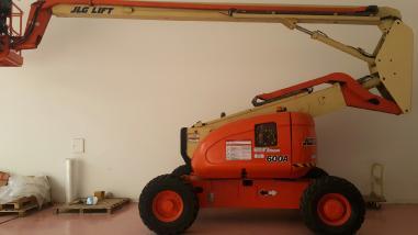 Telescopic lift - JLG 600A