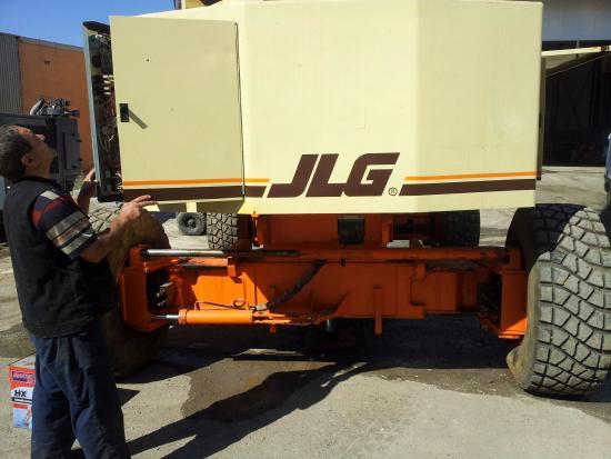 JLG 120HX