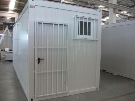 Bürocontainer mit Gitter