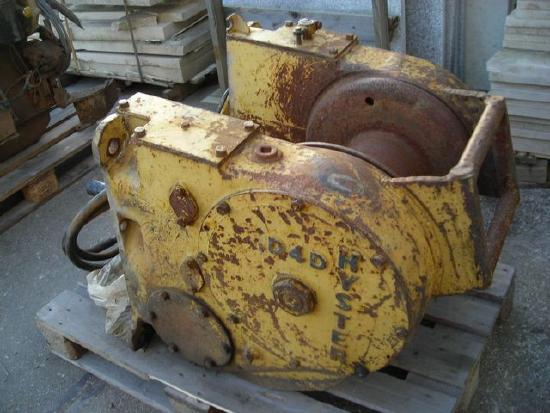 Caterpillar D4D Hyster winch
