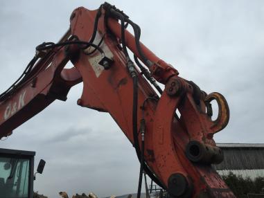 Escavatore gommato - O&K MH 5