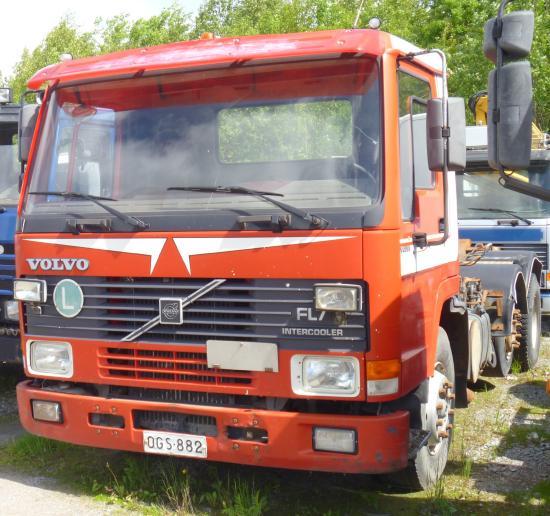 Volvo FL 7 6X2/4