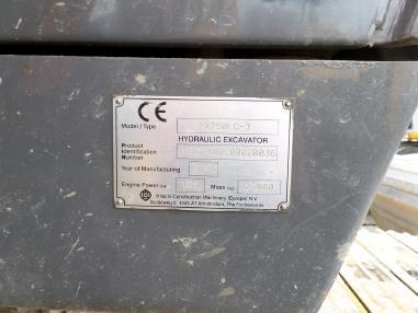 bager gusjeničar - Hitachi ZX250LC-3