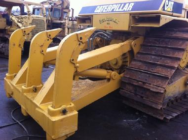Bulldozer - Caterpillar NEW CAT D7H/R RIPPERS