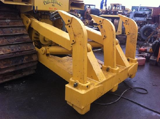 Caterpillar NEW CAT D7H/R RIPPERS