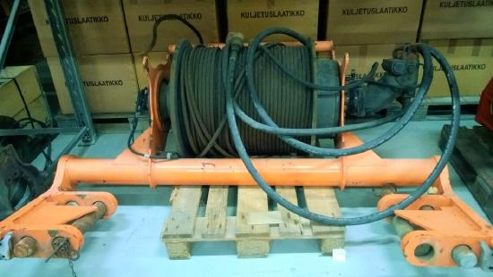 Demag AC 80-2 Second winch