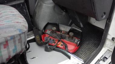 sanduk prikolica s dizalicom - Mercedes Benz Unimog U140 L