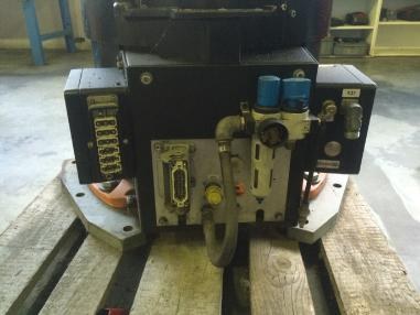 शीट मेटल कार्य यंत्र - Kuka KR 30-3