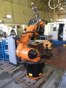 CNC मशीन - Kuka KR30-3