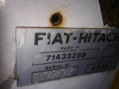 Excavator cu lanţ - Hitachi FIAT  FH450 UHD