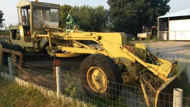 Grader - Caterpillar 112 RIPPER