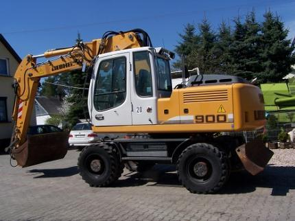 Mobile excavator - Liebherr A900C