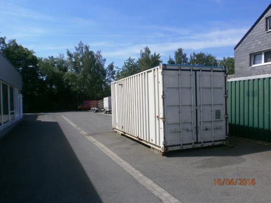 Iveco Container Aggregat 90 KVA