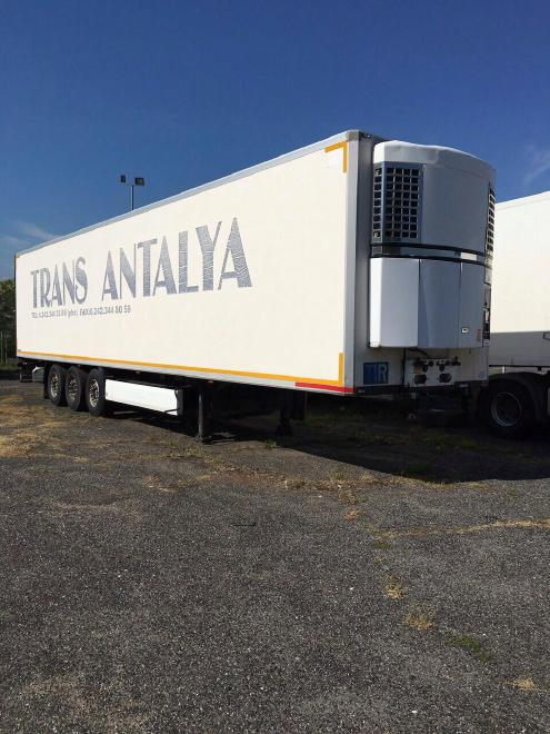 SDR 27 Refrigerating semitrailer, Brand Krone, Thermo-King SMX II SR